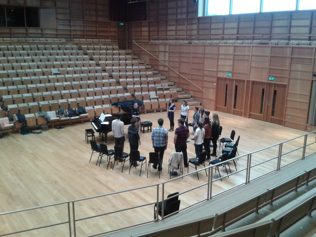 Matt B leads the Chamber Choir in music by William Byrd