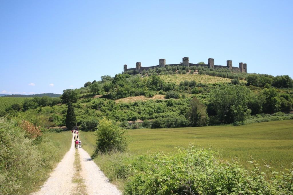Via Francigena, overlooking Monteriggioni