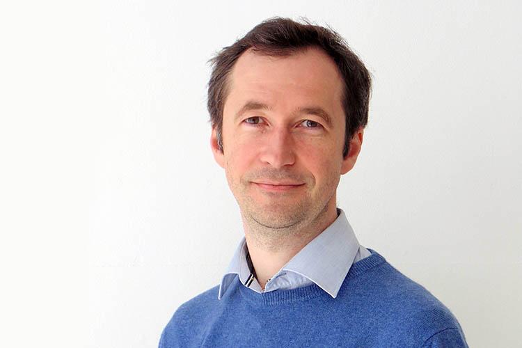 Dr Andrey Launov