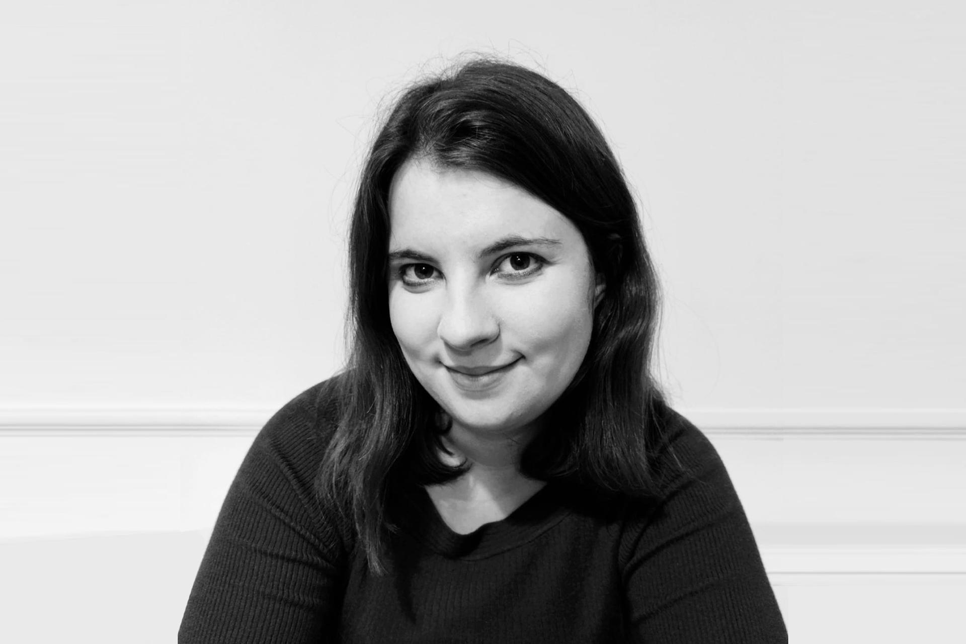 English Alumni, Rachel Scales