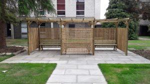 Giles Courtyard seating