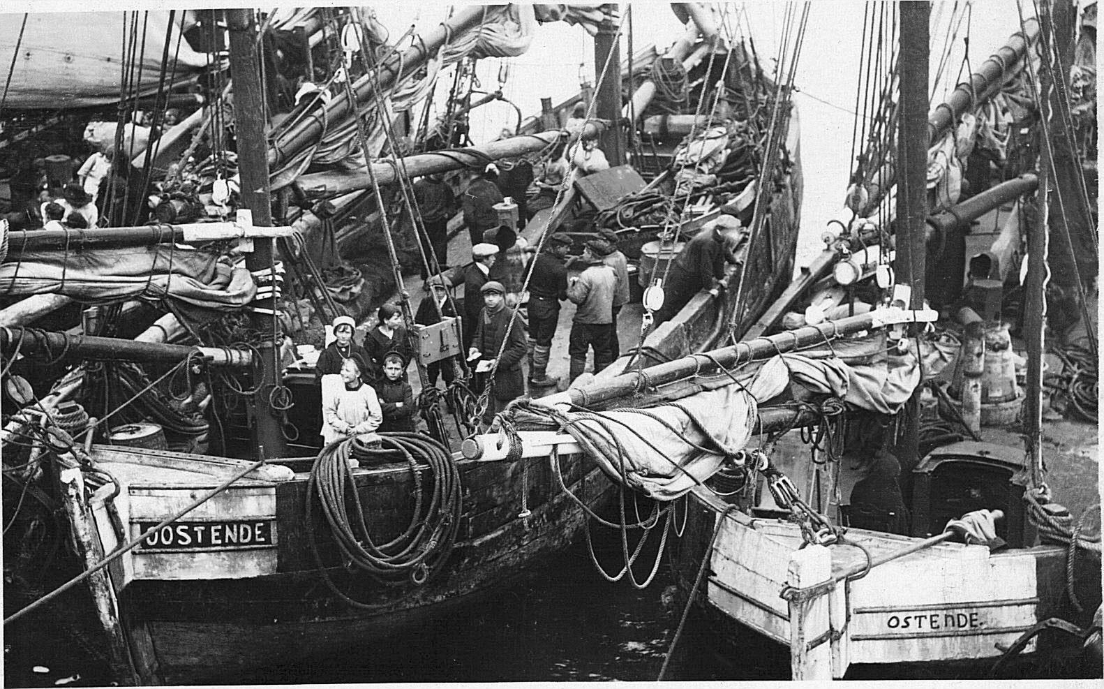 Belgians on boats