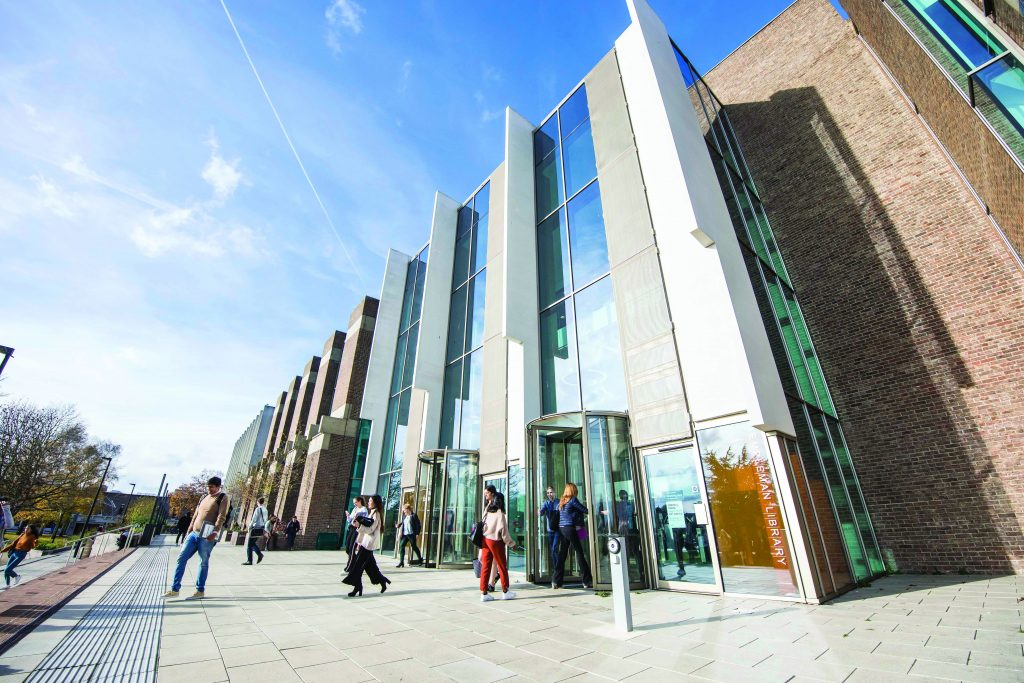 Main entrance to Templeman Library