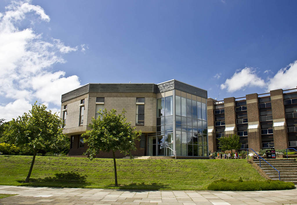 Templeman Library with Senate building in the foreground on a sunny day