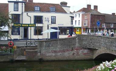 Cafe Des Amis in Canterbury
