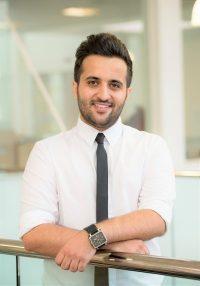 Dr Ramin Raeesi