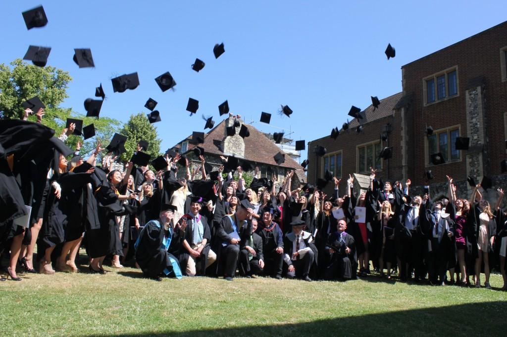 Graduationhats_web
