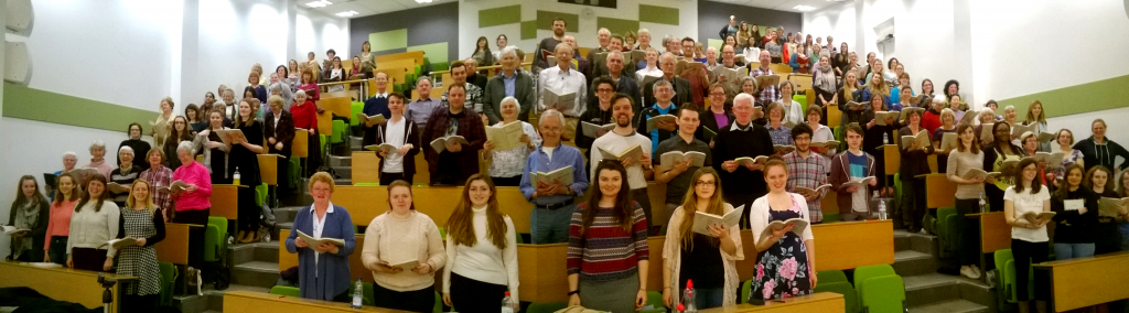 Dies irae: Chorus rehearsing in Grimond