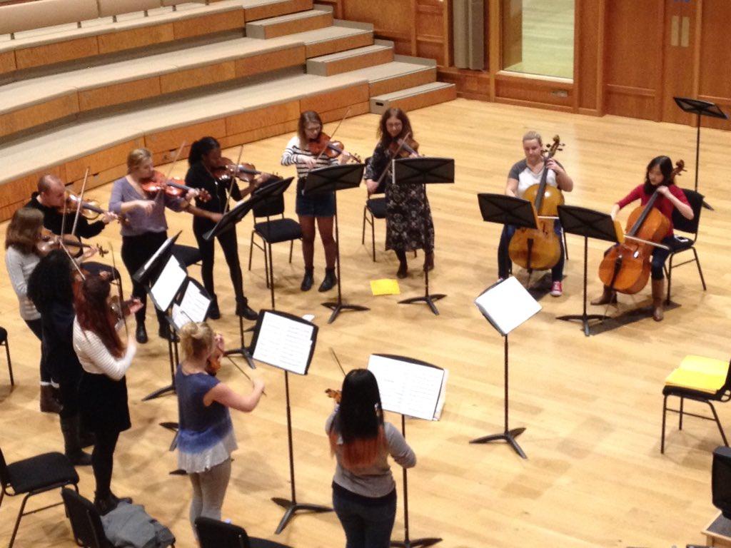 sinfonia_rehearsing