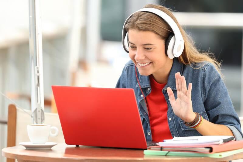 Applicant on a virtual call