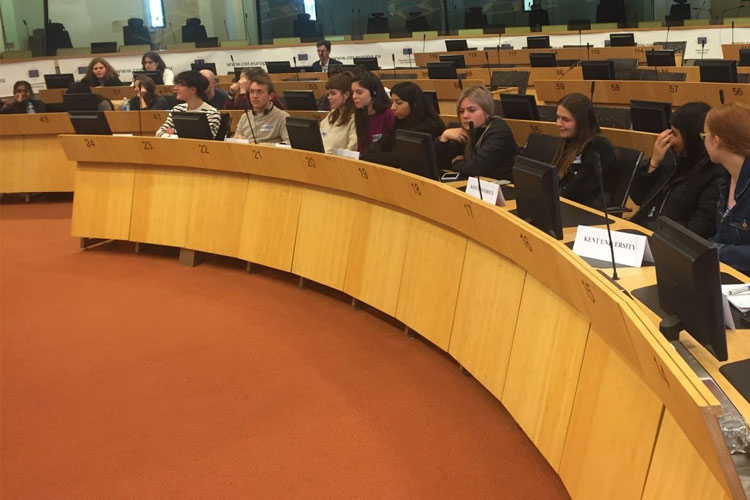 Students attending the 25th Commission for Territorial Cohesion Policy and EU Budget (COTER) meeting