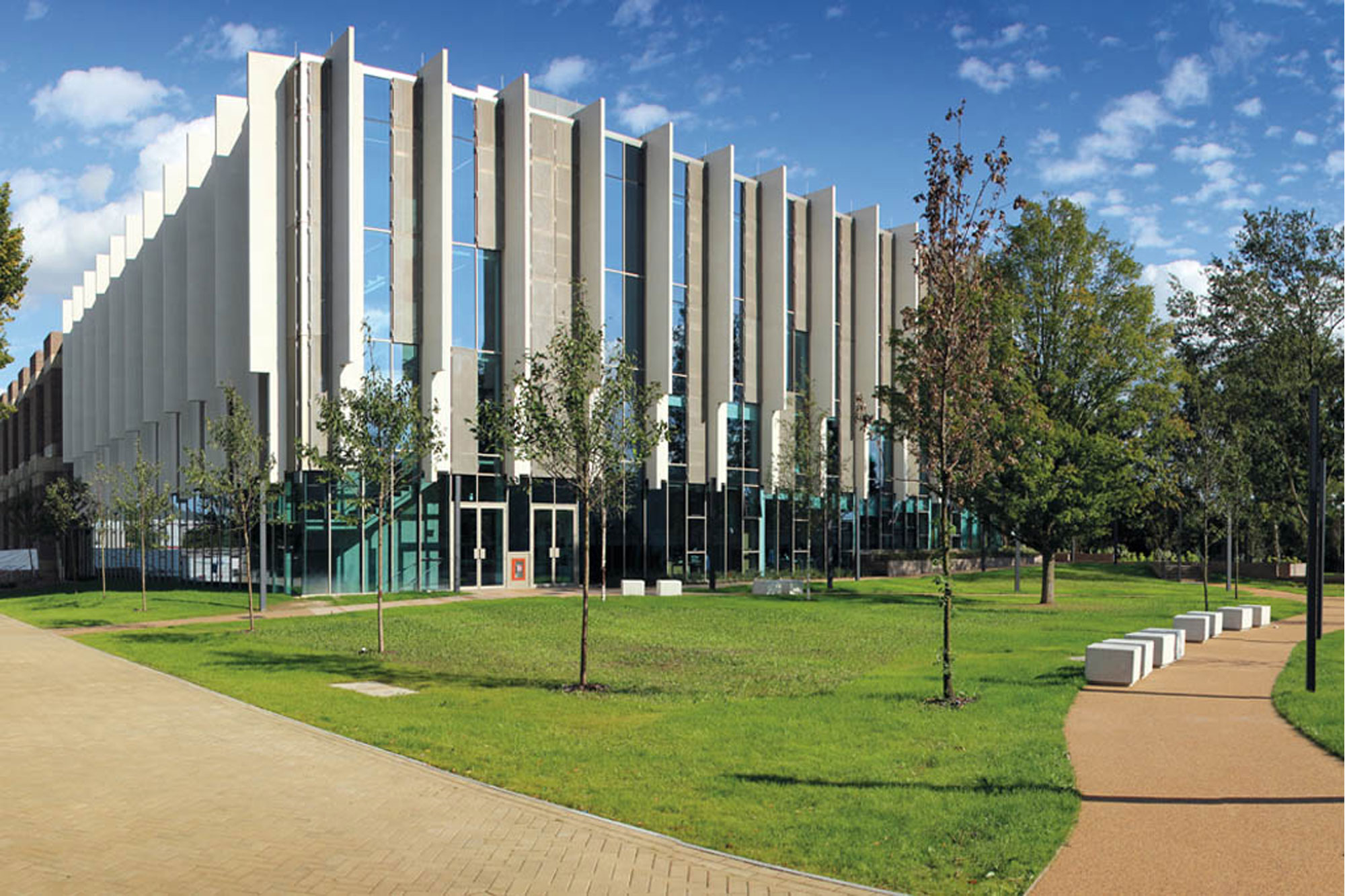 View of the west wing of Templeman Library, University of Kent, in sunlight
