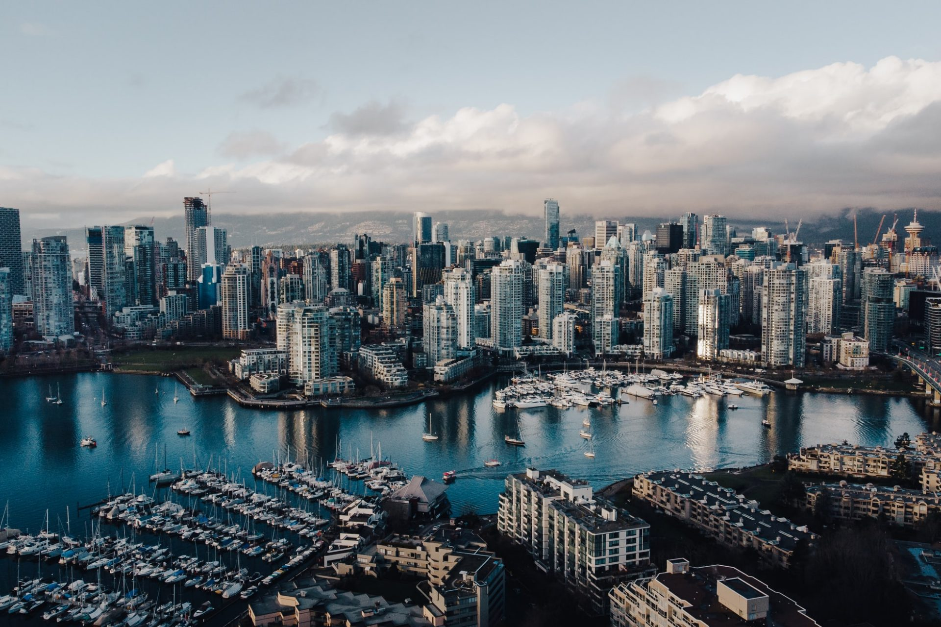 There is a link between urban areas and the global climate crisis.