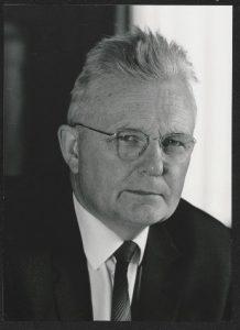 A picture of the Germna physicist, Gottfried Möllenstedt.
