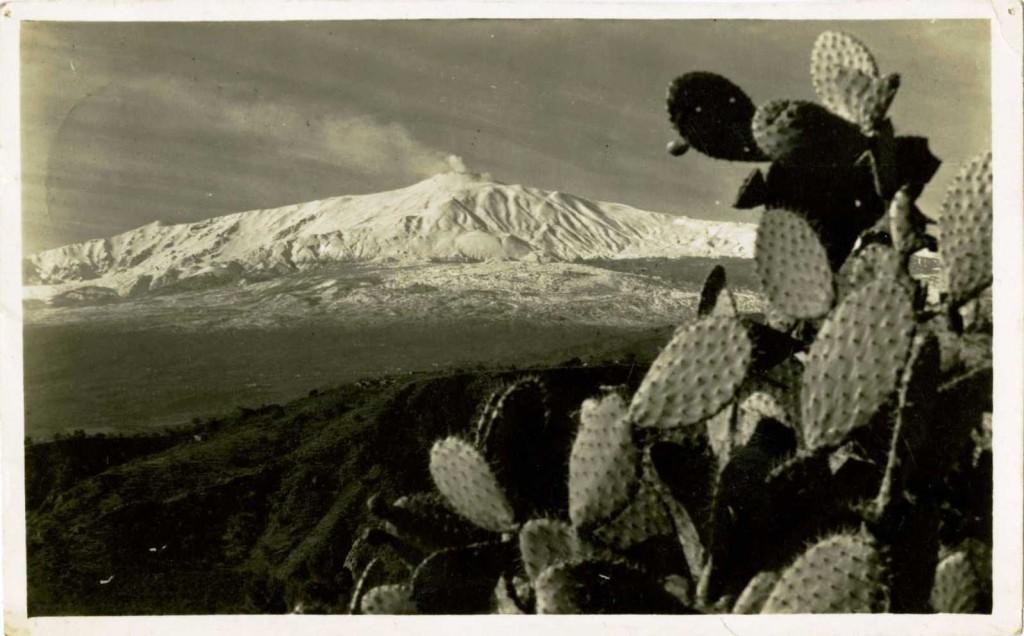 1930s postcard of Mount Etna