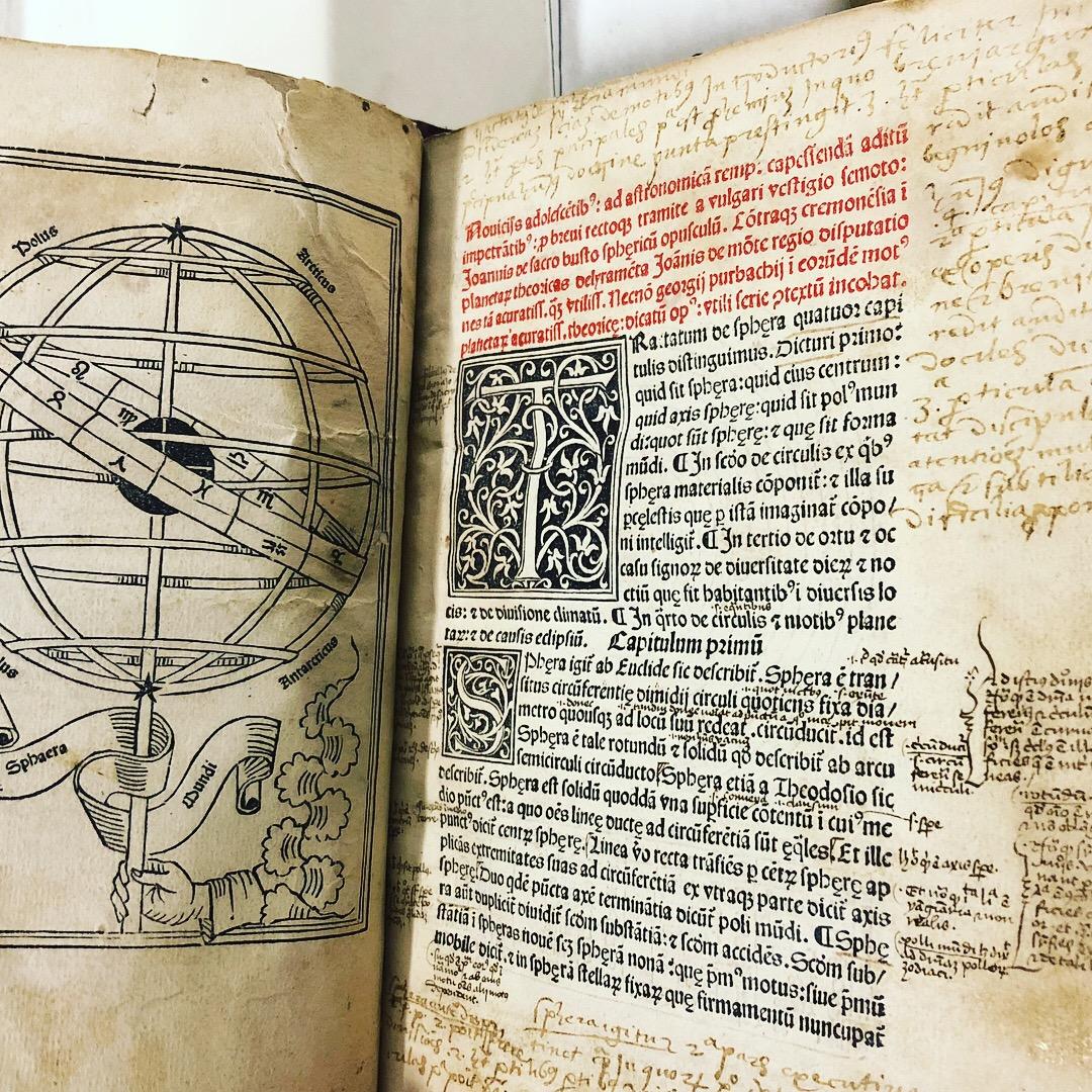 Manuscript annotations in 'Nouicijs adolescetib': ad astronomica remp: capessenda aditu impenetratib' by Johannes de Sacro Bosco, 1482, Venice (Maddison Collection, 1D1)