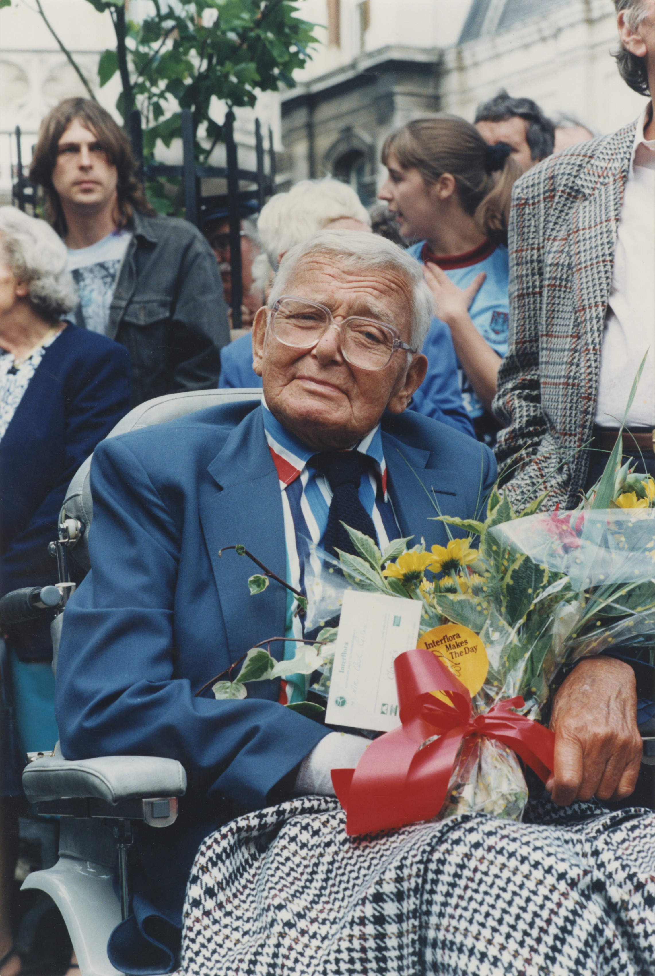 Colour photo of Giles at the unveiling of the Grandma statue in Ipswich - East Anglian Daily Times, September 1993 (Image ref: GAPH00429)