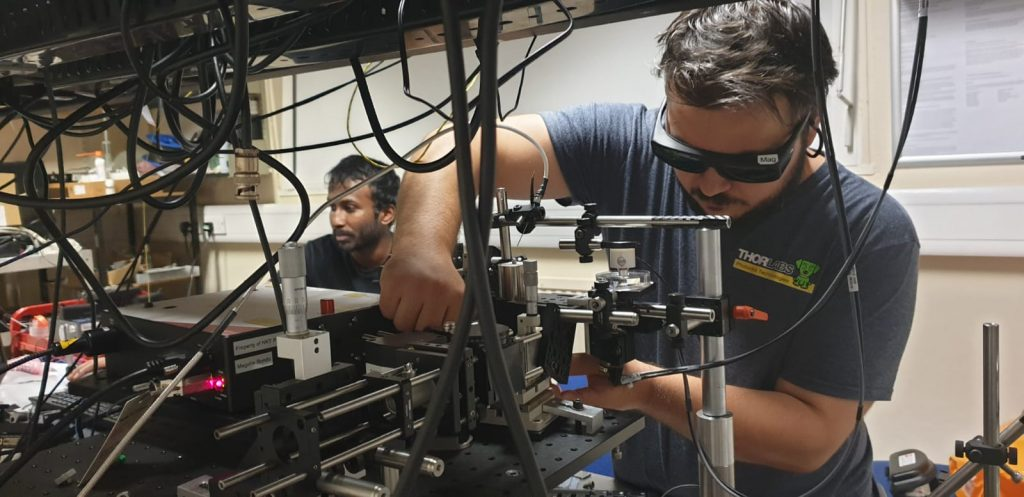 Gianni Nteroli working in the Applied Optics Lab at the University of Kent