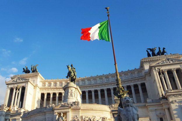 Italy-flag 1024x683