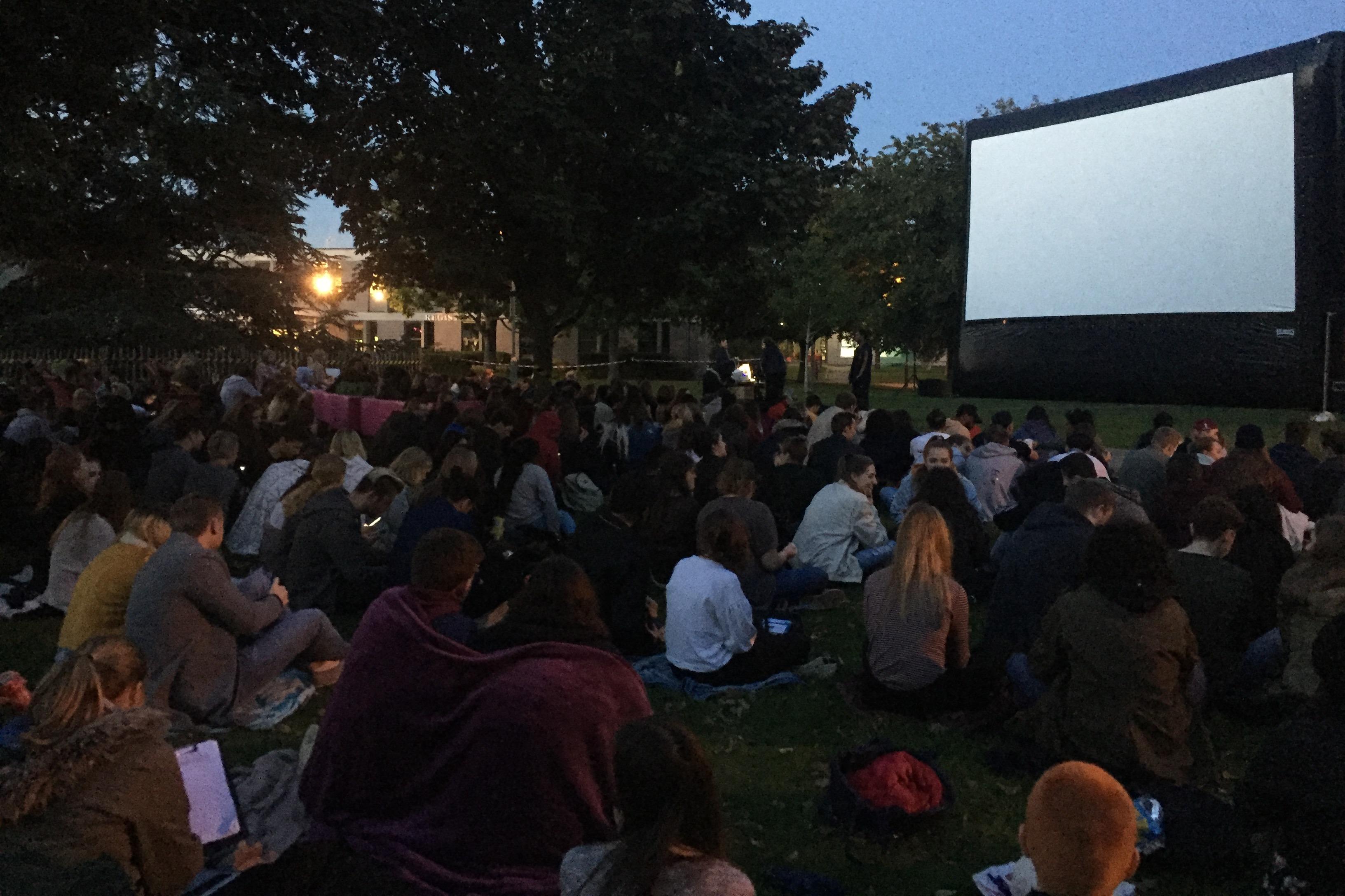 Outdoor screening 2