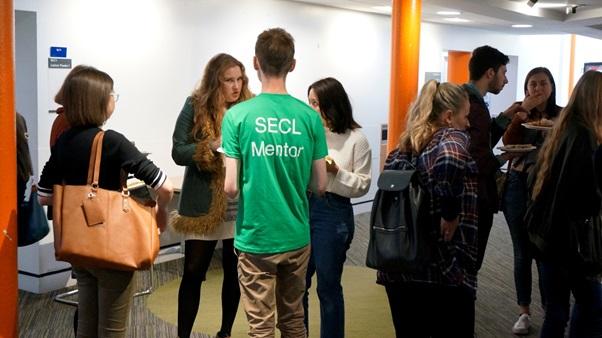 academic-peer-mentoring-image-3
