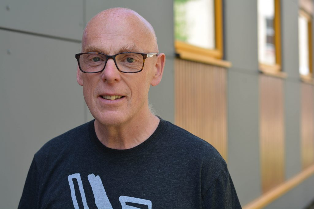 Professor Simon Thompson